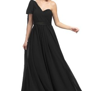 perfect LONG DRESS. Brand NEW. Never WORN!